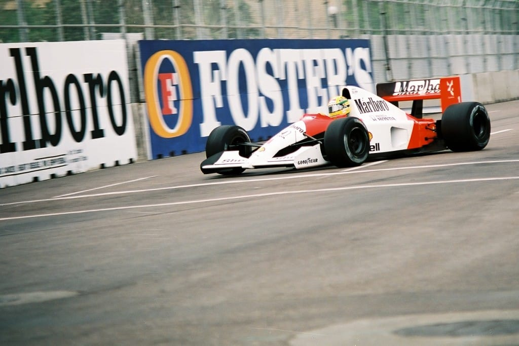 Senna Turns In